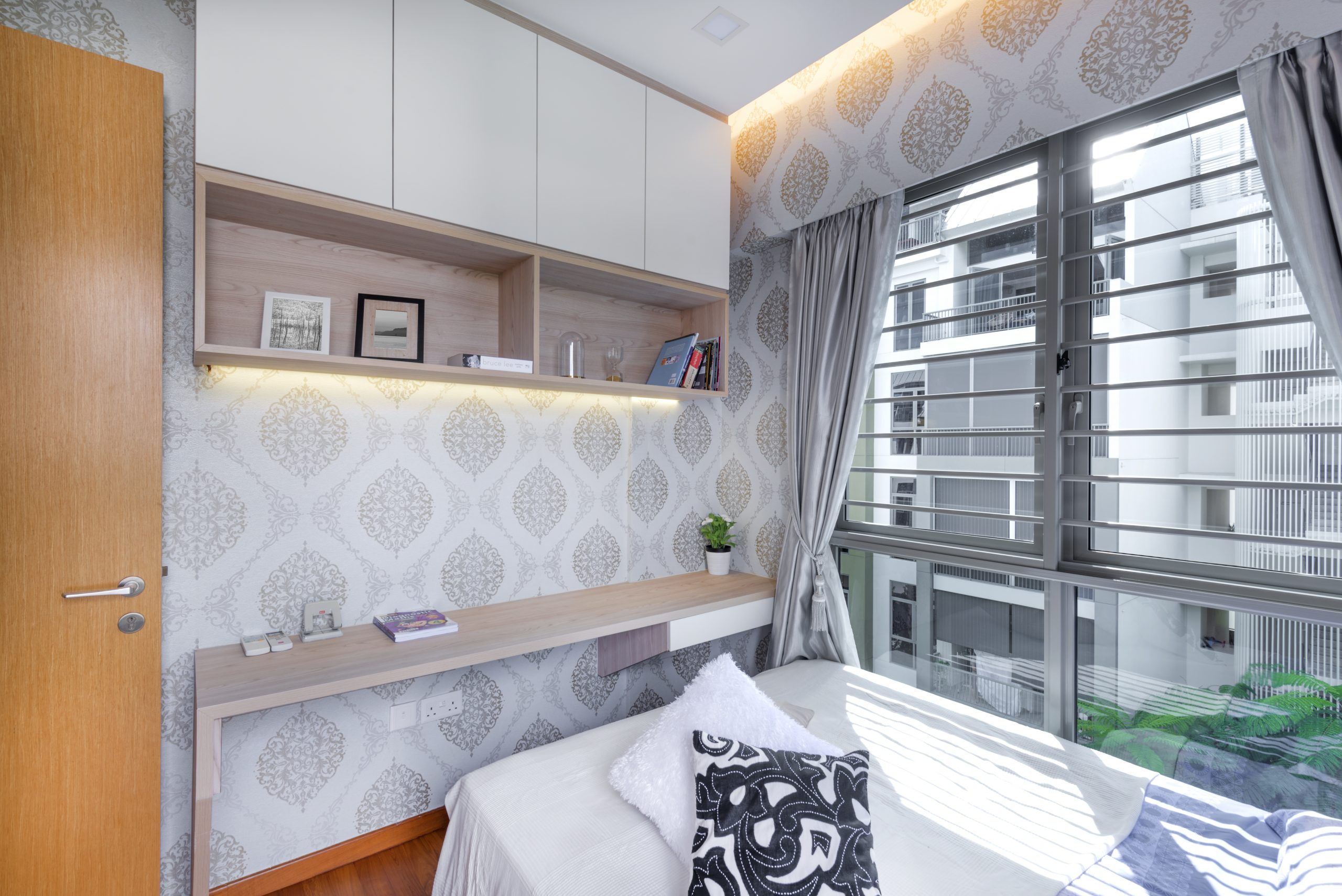 Big or small, here are 8 renovation saving tips for your HDB flat!